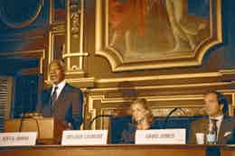 Jones is working with Kofi Annan to raise awareness of climate change