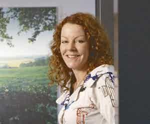 Amanda Mackenzie