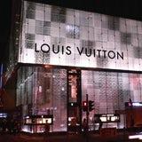/v/e/y/LouisVuittonStore.jpg