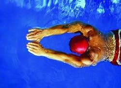 /g/e/f/swimmer250.jpg