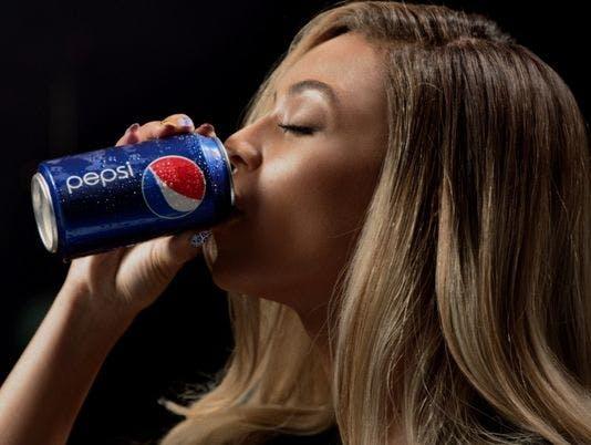 PepsiBeyonceDrink-Campaign-2013