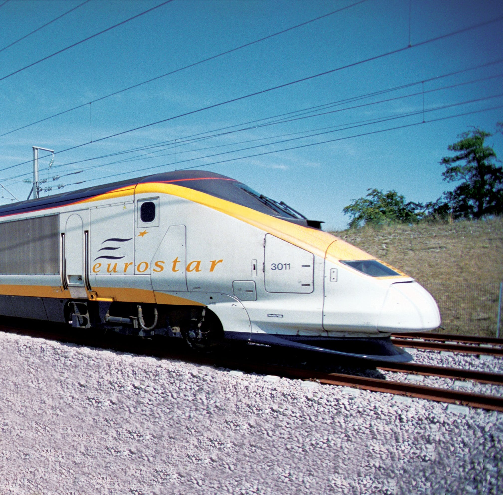 Nose cone of Eurostar on the move