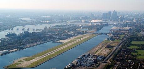 London-City-Airport-2013-460