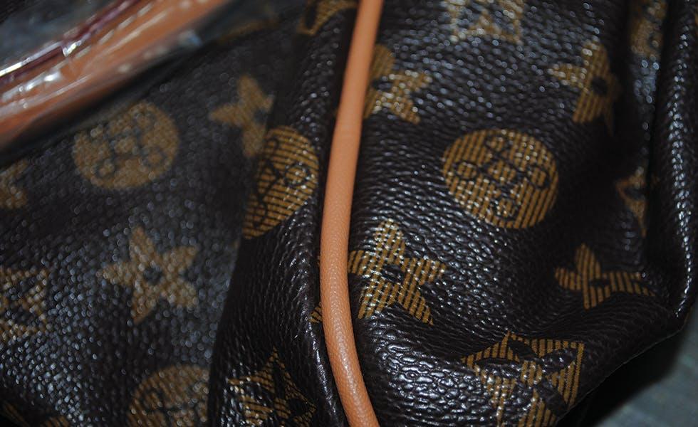 Louis Vuitton fake bag