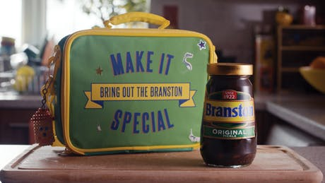 branston-pickle-ad-2014-460