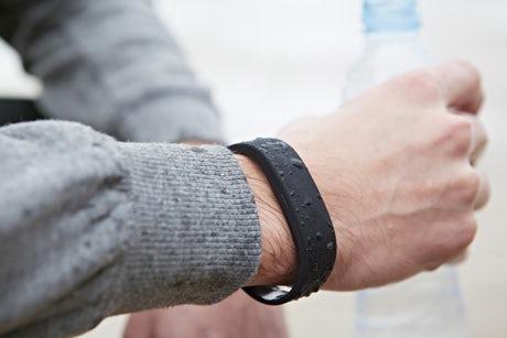 Sony-SmartBand-product-2014-460