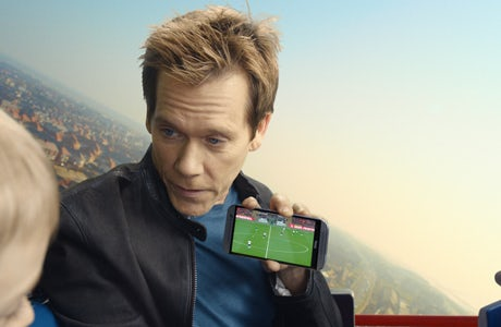 Kevin Bacon EE