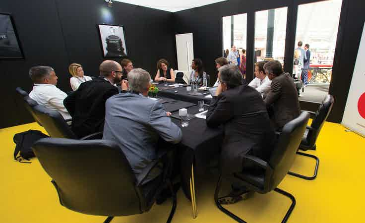 Mobile roundtable