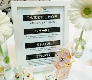 on sale 65e72 72147 Marc Jacobs makes shopping social with pop-up tweet shop ...