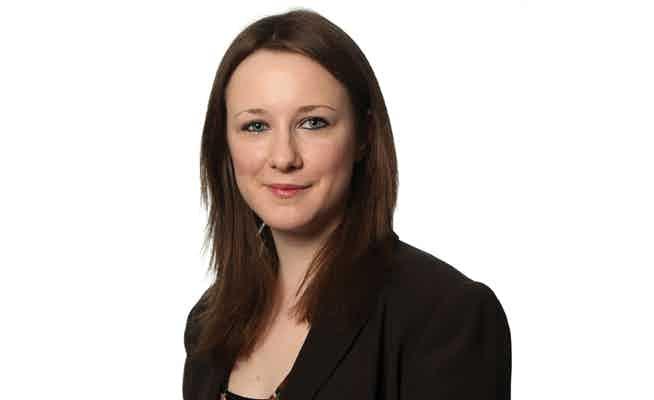 Lara O'Reilly 654 400