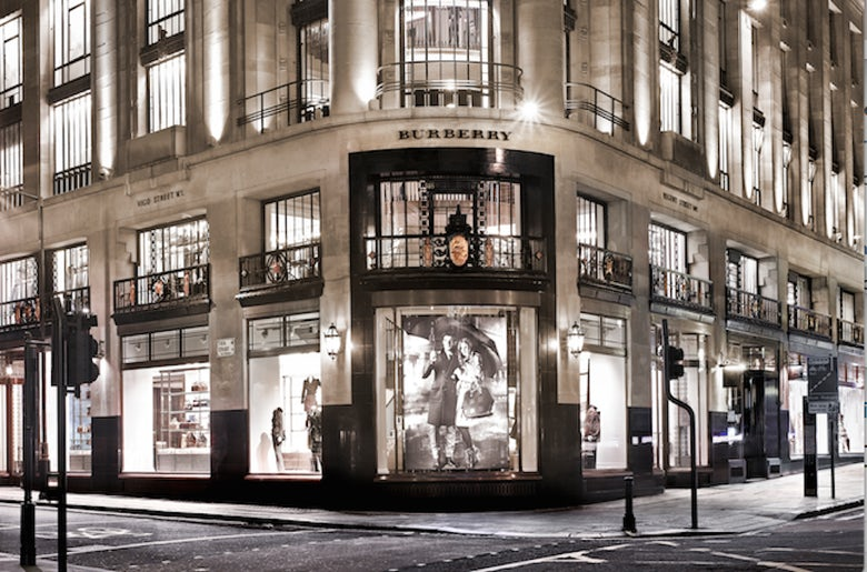 3a3edc2eb052  Commitment to customer experience  helps Burberry to festive sales boost