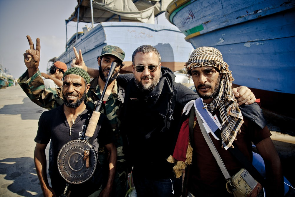 Vice Media CEO Shane Smith reporting from Libya. Credit: Tim Freccia