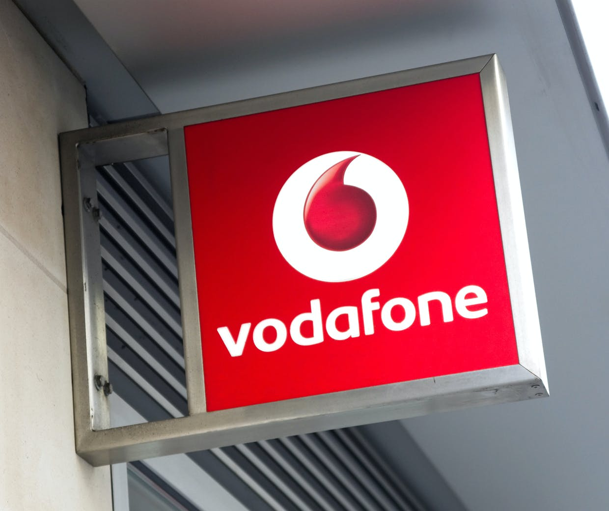 Vodafone expands its use of chatbots to transform the