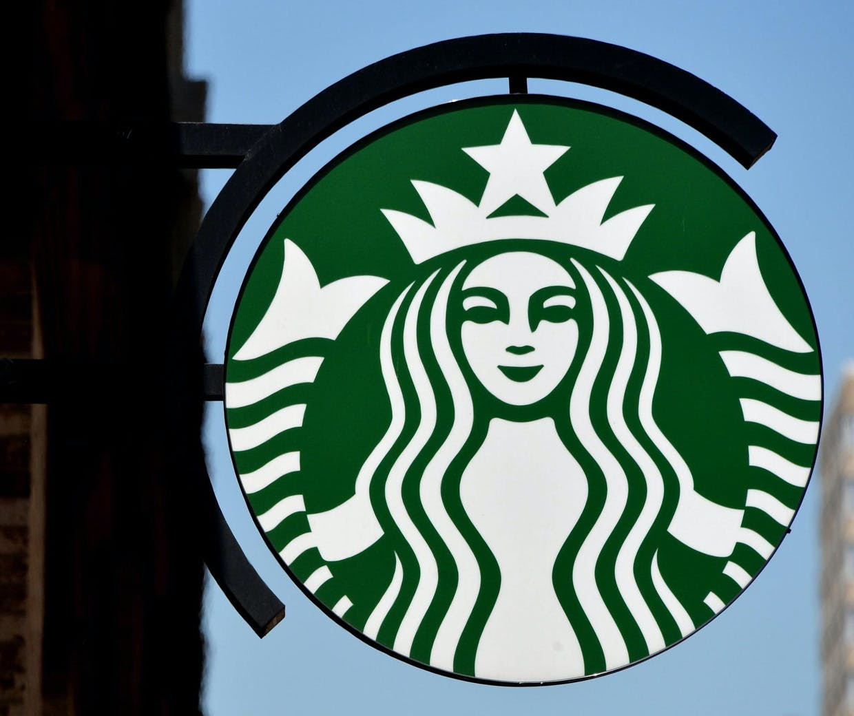 Starbucks Moves Away From The Drumbeat Of Promotions