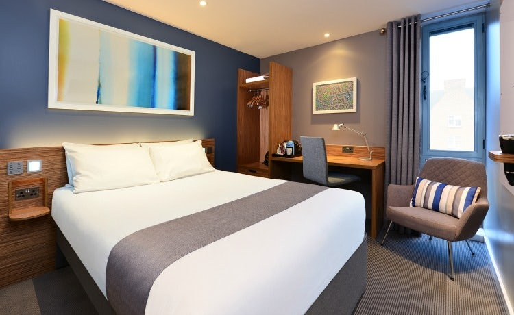 Travelodge admits price alone cannot boost loyalty as it launches travelodges new premium room colourmoves