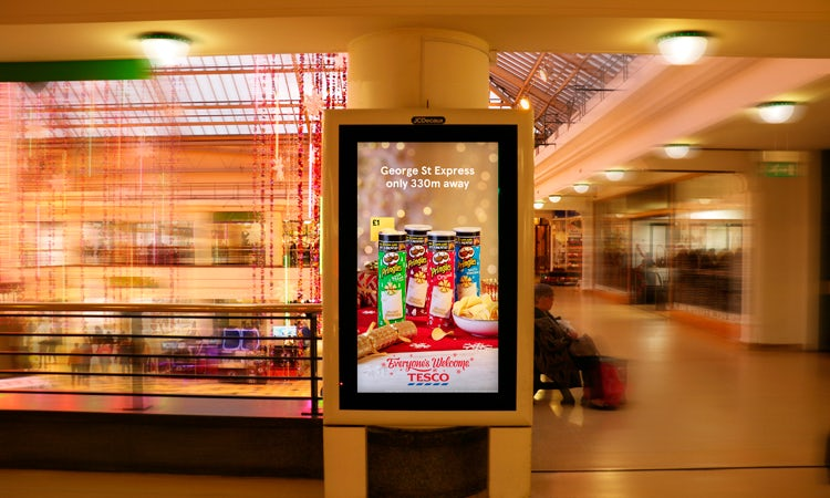 8a53916850ee 18 December – Tesco launches 'innovative' OOH campaign to update customers  over Christmas