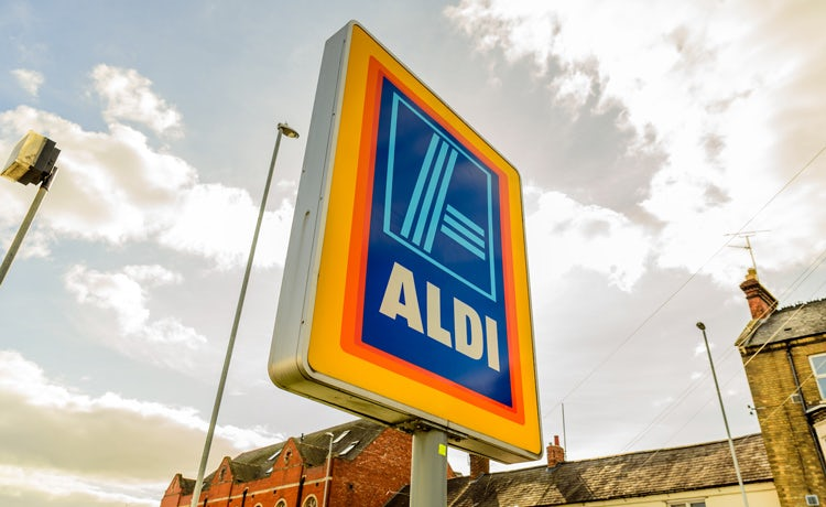 c68b8b365 Discounters Aldi and Lidl continue to grow their share and sales despite a  general slowdown across the grocery market.