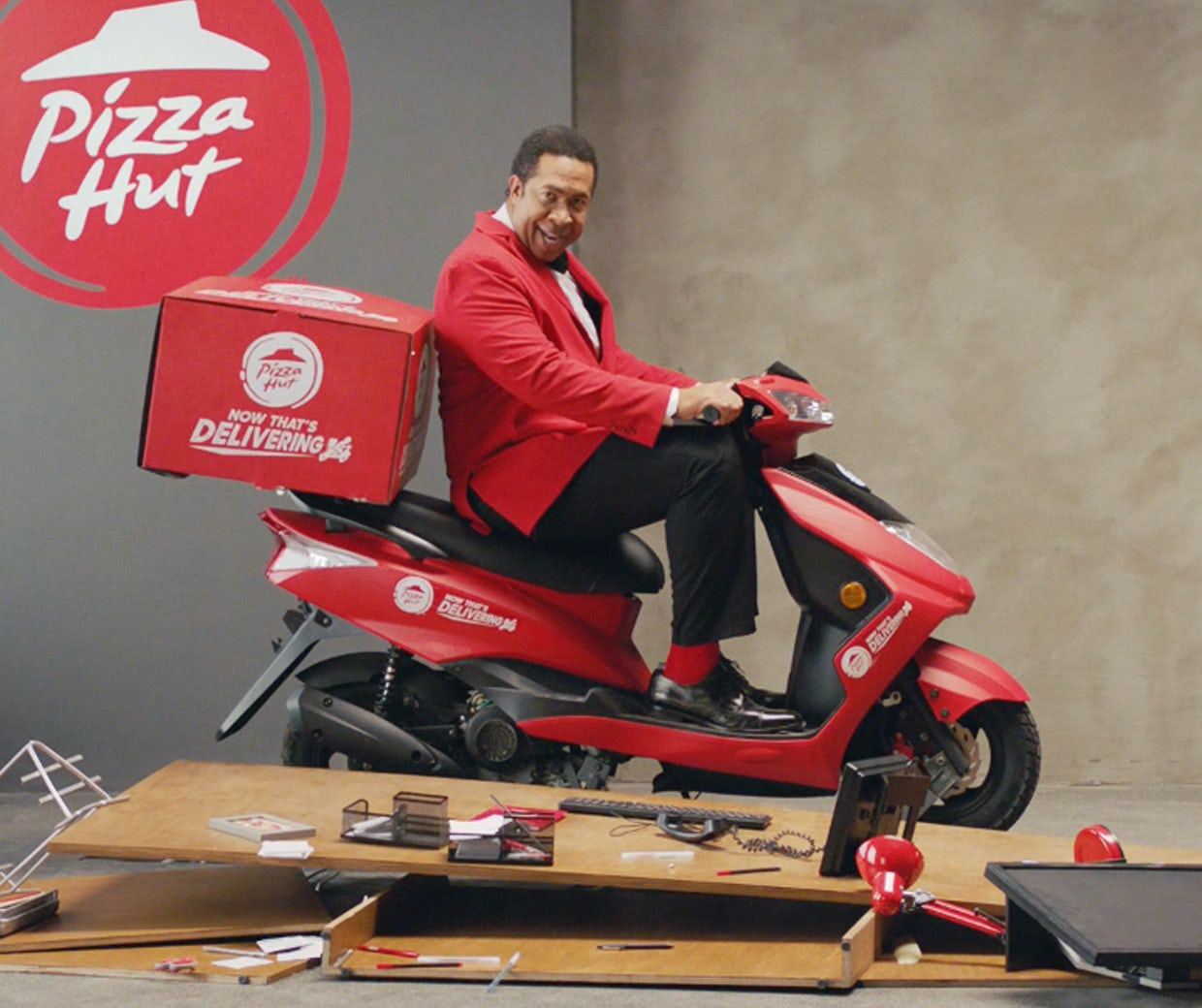 Cruz Auto Sales >> Pizza Hut looks to own the pizza delivery space and 'have some fun' as it takes swipe at rival ...