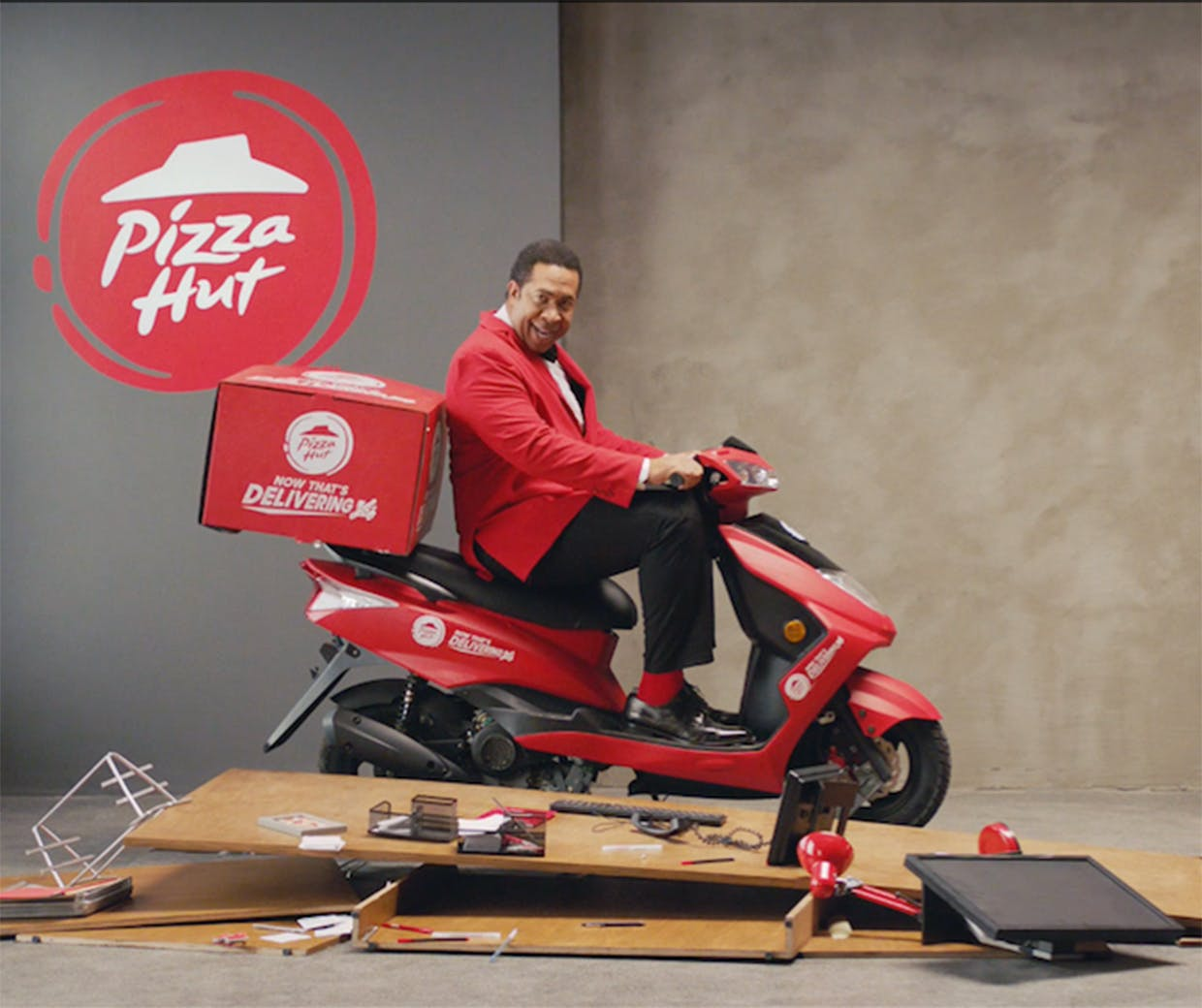 izza Hut Delivery featured image