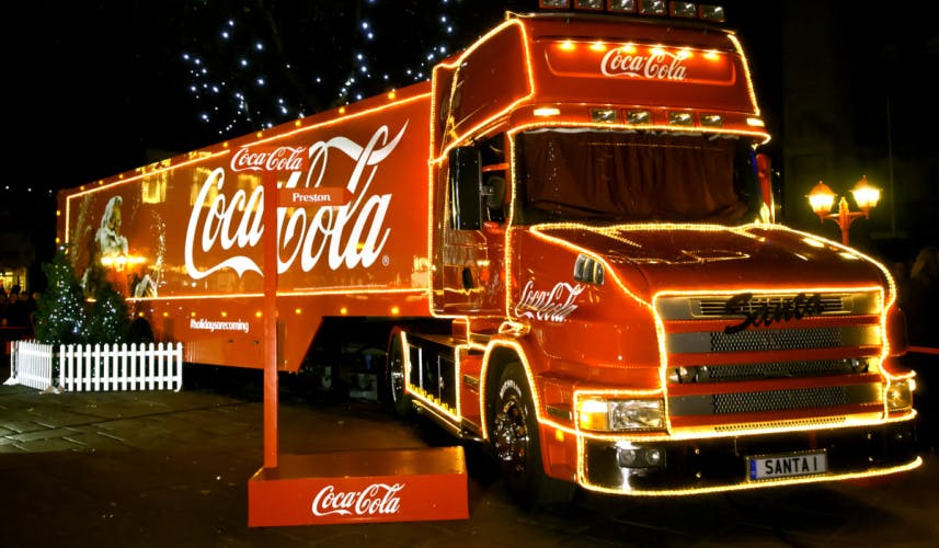 Coca-Cola Holidays Are Coming Christmas truck